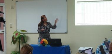 Con dominio del tema y precisón, la MSc. Mónica Peña, defendió su tesis en opción al grado científico de Doctora en Ciencias Técnicas