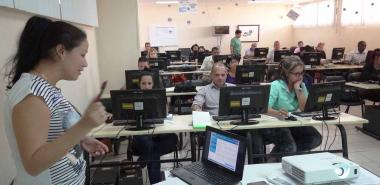 Satisfied Cuban judges with software solution given by the University of Informatics Sciences