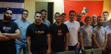 Reconocimento al equipo de desarrollo de las plataformas Apklis, toDus Y Picta.