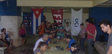 Jugadores de las facultades 4 y Citec se enfrentan en partidas de ajedrez