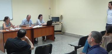 Intercambio con el jefe de la Línea de investigación de Software Libre, MSc. Allan Pierra