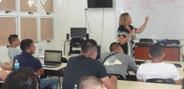 """Concluyó el curso corto Calidad y seguridad en aplicaciones móviles, con la conferencia """"Gestión de pruebas de software. Organizaciones de pruebas"""", impartida por la Dra.C. Yaimí Trujillo Casañola."""