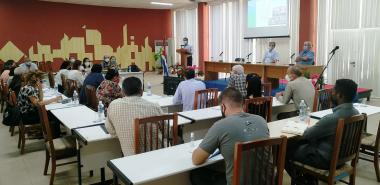 Viceprimer Ministro Jorge Luis Perdomo Di-Lella visita la UCI