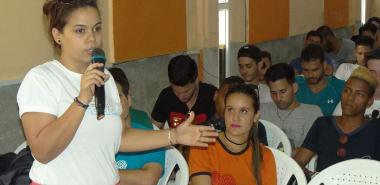 President of the University Students' Federation, Eliani Cabrera García, confirmed the commitment of the young people of the UCI to contribute new ideas to the computerization of Cuban society and to teaching in the capital city.