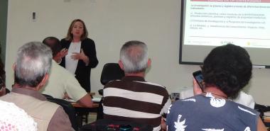 """La Dra. Pilar Colás, de la Universidad de Sevilla, imparte en la UCI la conferencia """"La investigación como criterio de calidad en las universidades"""""""