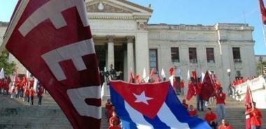La FEU de Cuba, presente desde la escalinata de la UH