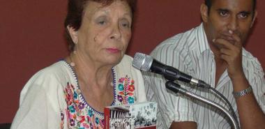 En su plática concisa la Doctora en Ciencias Históricas transmitió la incansable lucha de Fidel desde que estudiaba en la Universidad de La Habana.