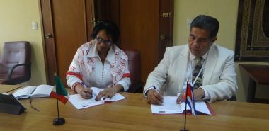The rector of the University of Matehuala was interested in the possibility of conducting exchange programs between specialists