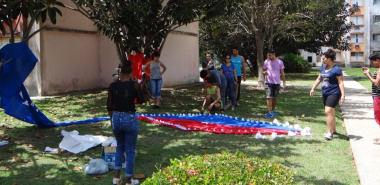 Variadas actividades de limpieza y embellecimiento en la residencia de los Octavitos