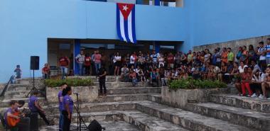 Rindió tributo la UCI al Comandante eterno de la Revolución Bolivariana, Hugo Chávez Frías