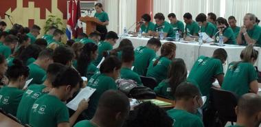 El informe central del 9no. Congreso de la FEU en la UCI, fue leído por la Presidenta de la organización en esta institución