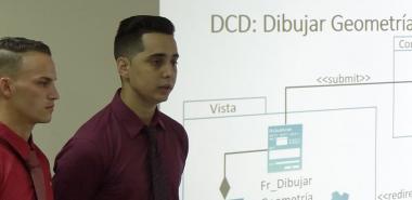 Defensa de la tesis para graduarse como Ingenieros en Ciencias Informáticas, de Rodolfo Moreno (izquierda) y Reinier Suárez, de la CITEC