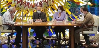Ministro de Educación Superior de Cuba comparece en Mesa Redonda