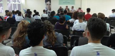 Primer Activo del Movimiento de Alumnos Ayudantes en la UCI