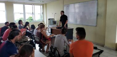 El joven profesor e investigador de la UCI, comentó acerca del significado de ser maestro.