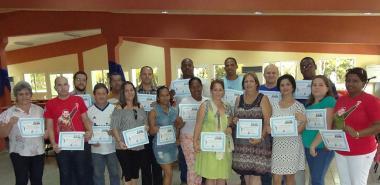 Trabajadores y profesores de la UCI que colaboraron en el Frente Francisco de Miranda