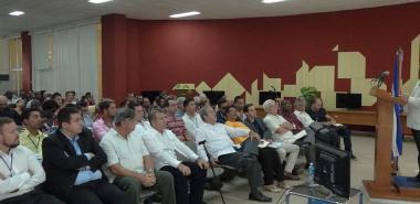 The full professor of the University of Granada, Daniel Linares Girela, gives a lecture in Uciencia 2018 on the university of the future, attended by the head of MES, Dr.C. José Ramón Saborido Loidi and Dr.C. Miriam Nicado García, rector of the UCI.
