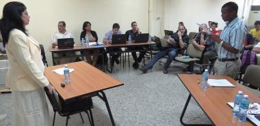 La predefensa de la tesis doctoral de Neilys González Benítez se convirtió en una productiva sesión científica.