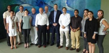 Delegados del Foro de Negocios sobre TIC intercambiaron con directivos de la UCI.