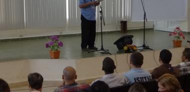 En nombre de los trabajadores fundadores, Severino Hernández, sacó a relucir los recuerdos que han de llevarnos a preservar el espíritu UCI