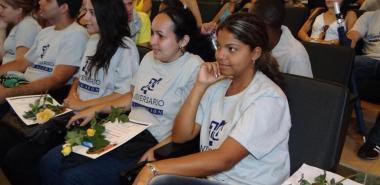 Estudiantes de la Facultad 7 en el Acto de Culminación de Estudios.